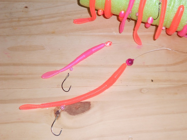 Trout worm rig for Bobber fishing for steelhead