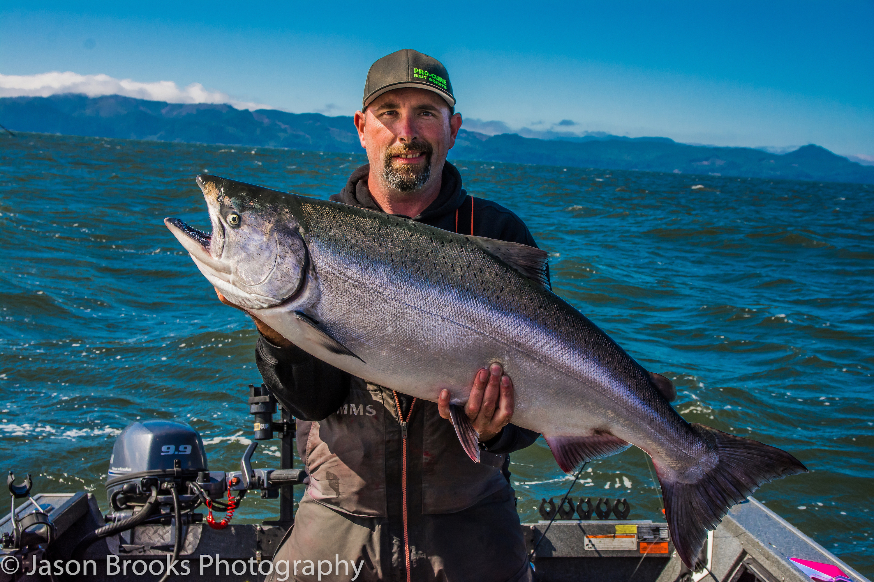 Jason Humbly of Pro-Cure with a Buoy 10 King