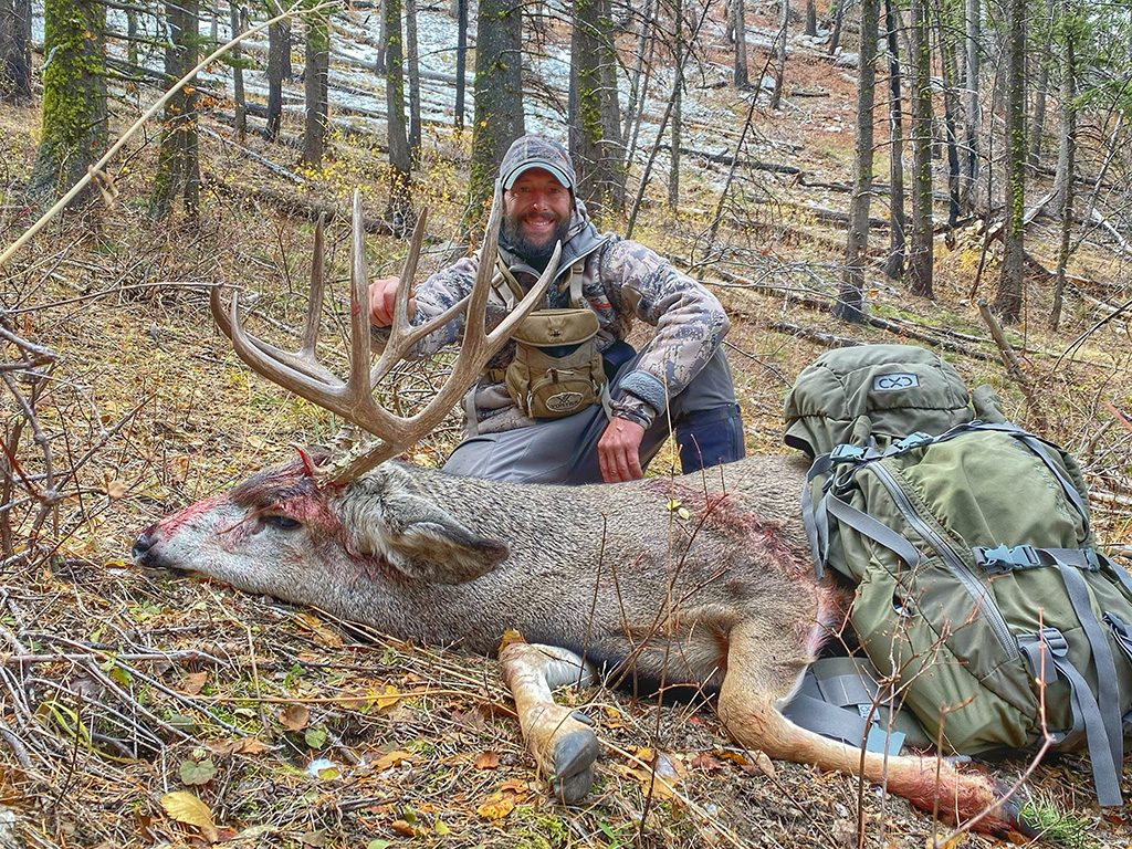 Joe Pyburn with his Idaho Mule Deer - photo Travis Van Dam