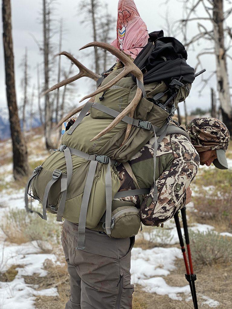Joe Pyburn with his Idaho mule deer